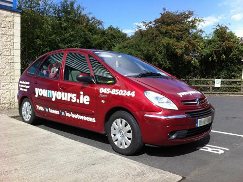 Car sign - younyours.ie
